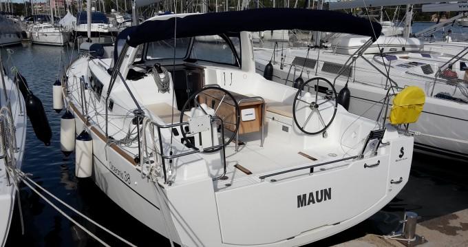 Noleggio Barca a vela a Medulin – Bénéteau Oceanis 38