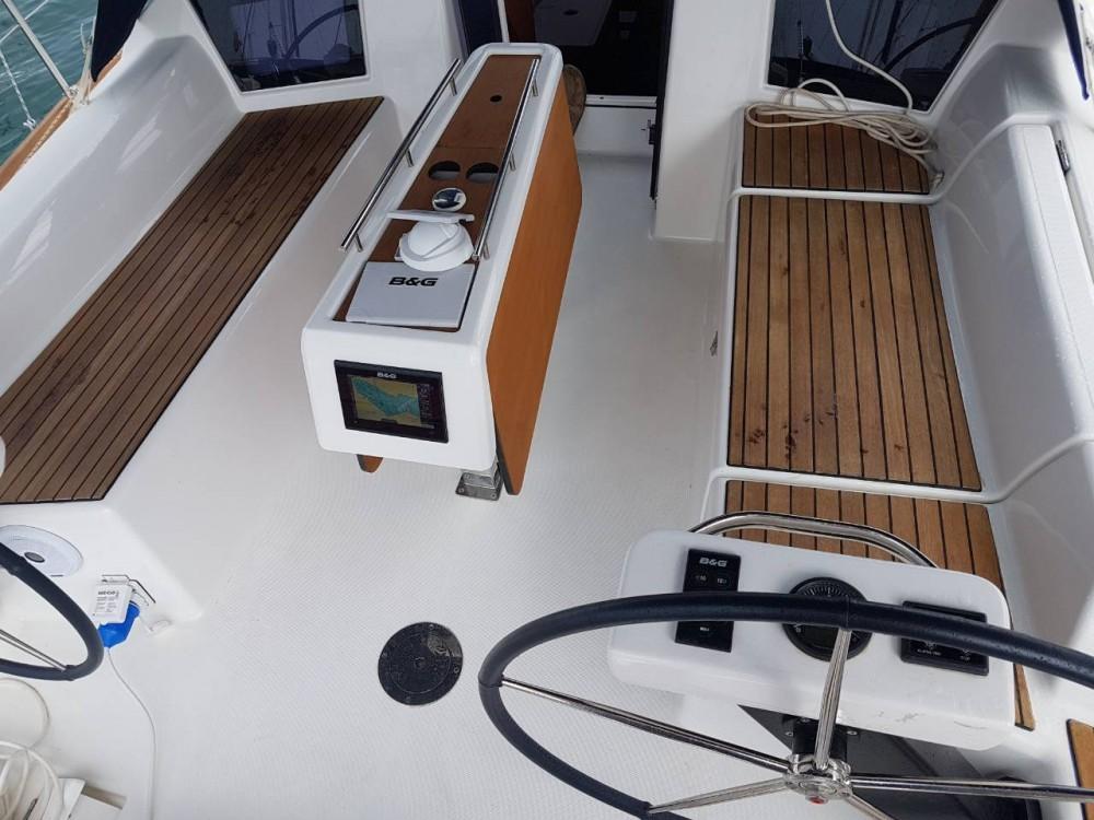 Noleggio yacht Comolaz - Dufour Dufour 360 Grand Large su SamBoat