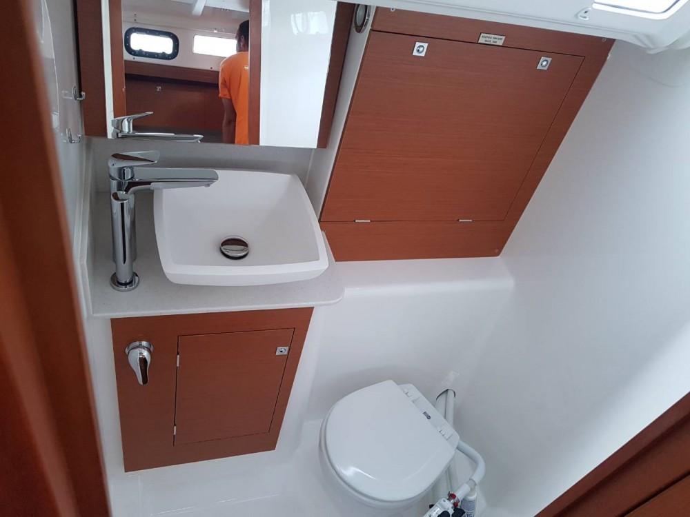 Noleggio barche Comolaz economico Dufour 360 Grand Large