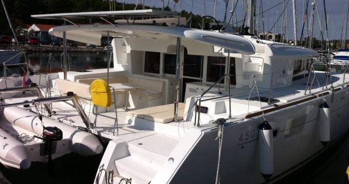 Noleggio barche Lagoon Lagoon 450 a Ragusa su Samboat