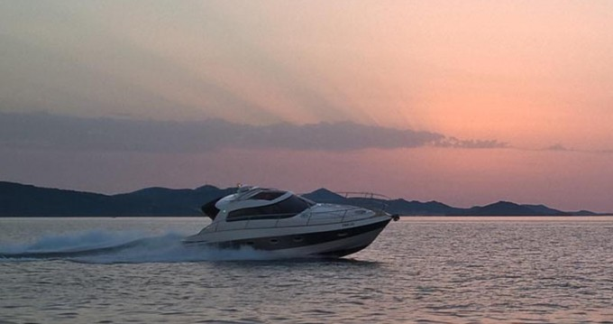 Noleggio barche Elan Elan 35 Power a Pirovac su Samboat