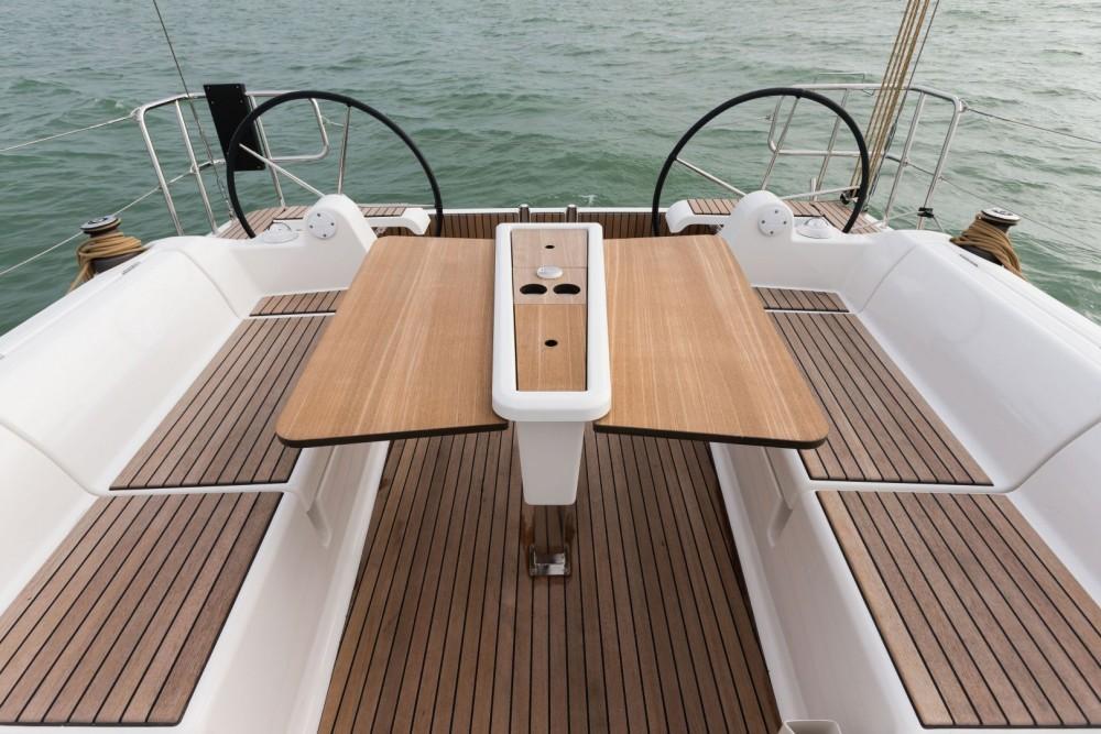 Noleggio yacht Cagliari - Dufour Dufour 382 GL su SamBoat