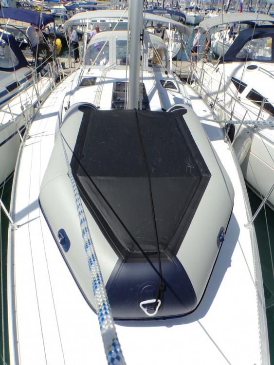 Bavaria Bavaria Cruiser 37 tra personale e professionale Trogir