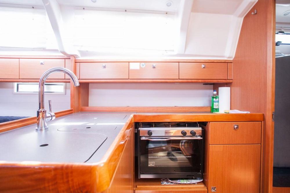 noleggio Barca a vela Trogir - Bavaria Bavaria Cruiser 37