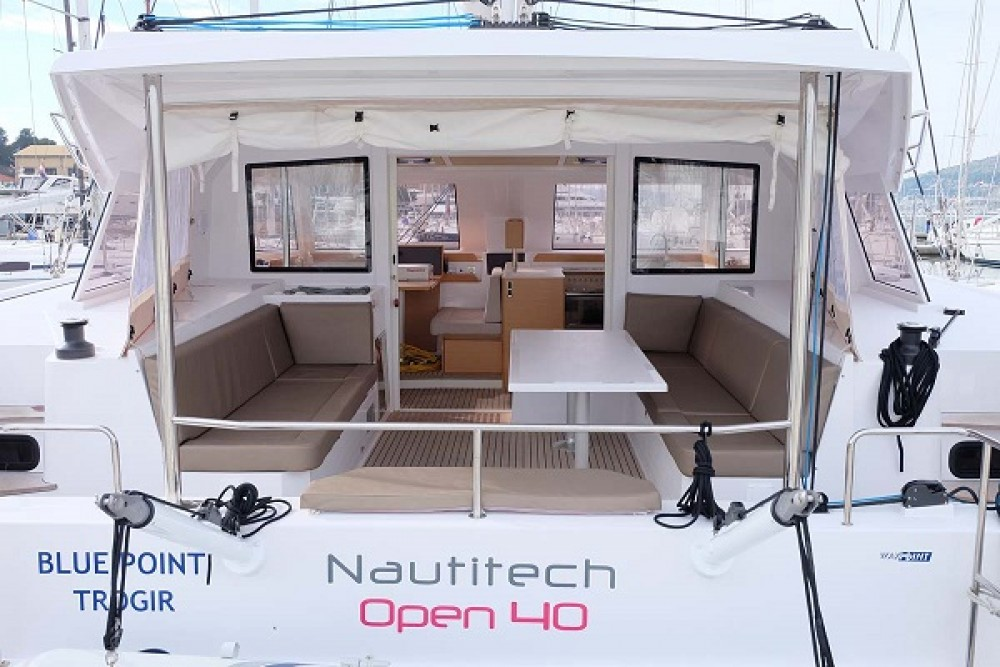 Noleggiare un'Nautitech Nautitech Open 40 Traù