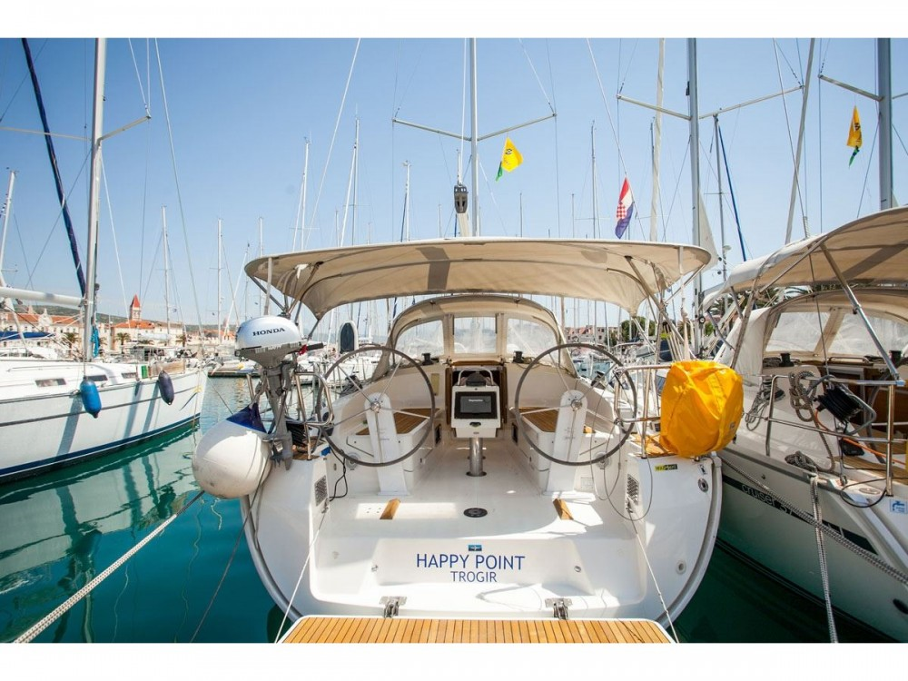 Noleggio yacht ACI Marina Dubrovnik - Bavaria Bavaria Cruiser 37 su SamBoat