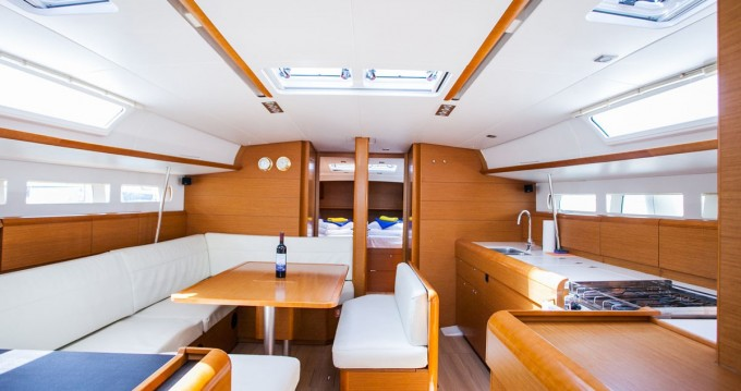 Jeanneau Sun Odyssey 509 tra privati e professionisti a Traù