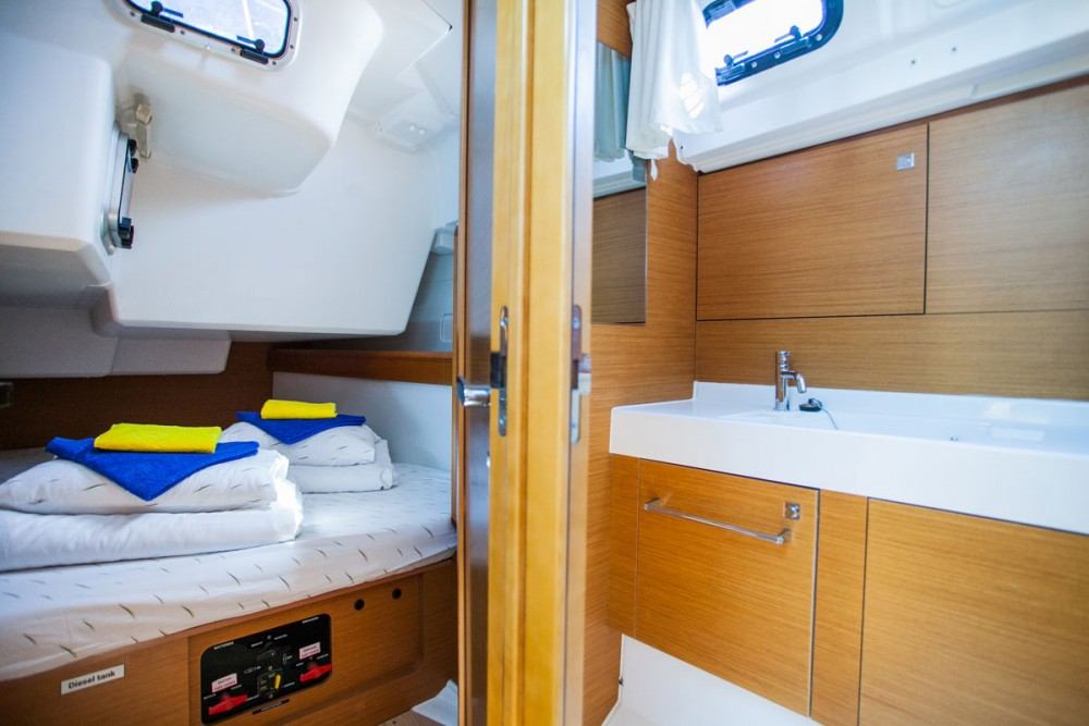 Noleggio barche Jeanneau Sun Odyssey 509 Traù su Samboat