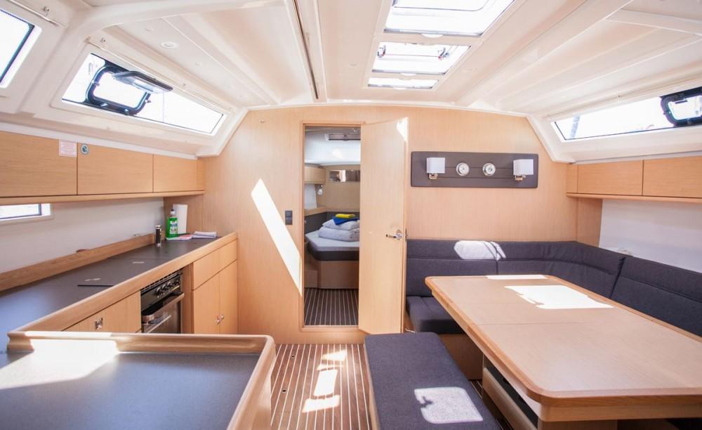 Noleggio barche  economico Bavaria Cruiser 46 OW.