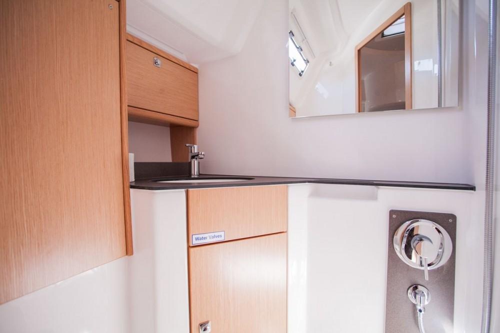 Noleggio barche Bavaria Bavaria Cruiser 46 OW.  su Samboat