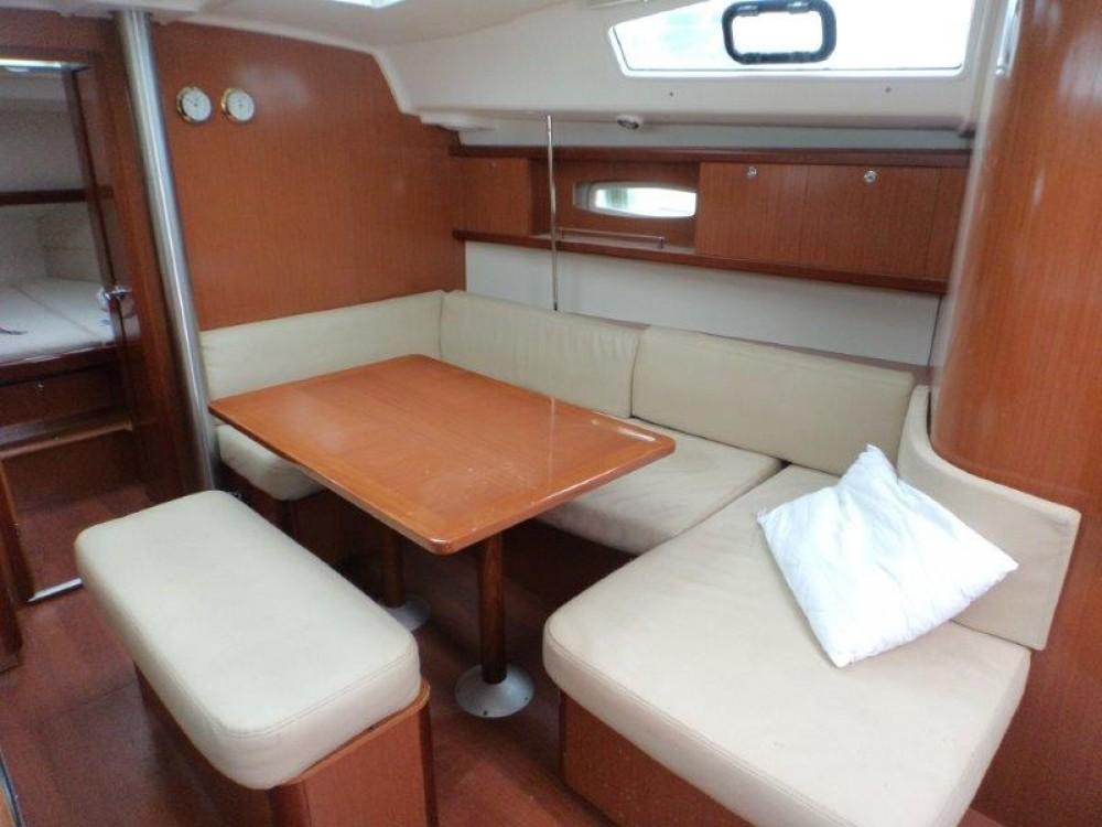 Noleggio yacht Traù - Bénéteau Oceanis 40 su SamBoat