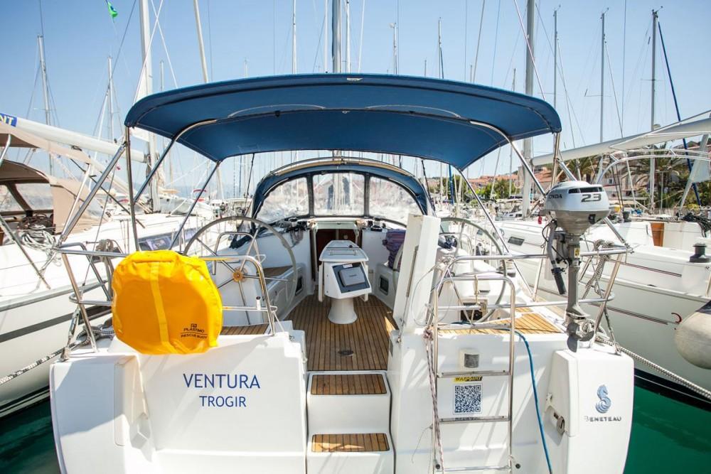 Noleggio Barca a vela con o senza skipper Bénéteau Traù