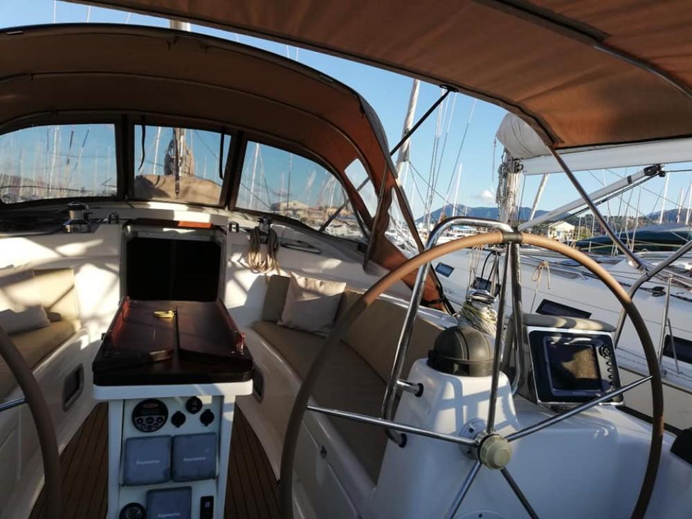 Noleggio yacht Αποκεντρωμένη Διοίκηση Αττικής - Bavaria Bavaria 42 Cruiser su SamBoat
