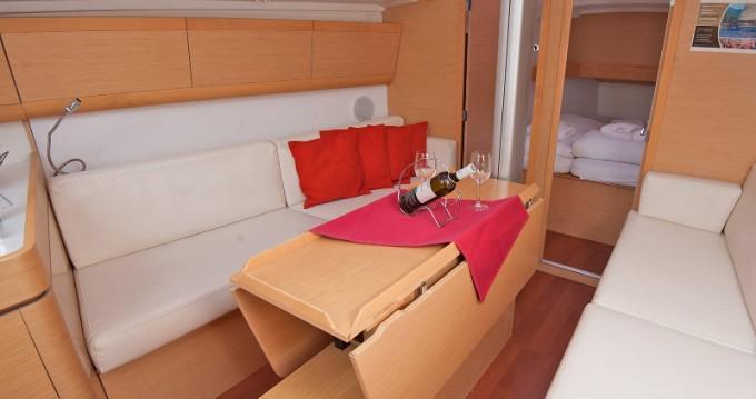 Noleggio yacht a Kaštel Gomilica – Bénéteau First 35 su SamBoat
