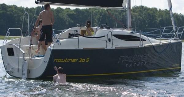 Noleggio Barca a vela a Malcesine – Nautiner Nautiner 30S Race