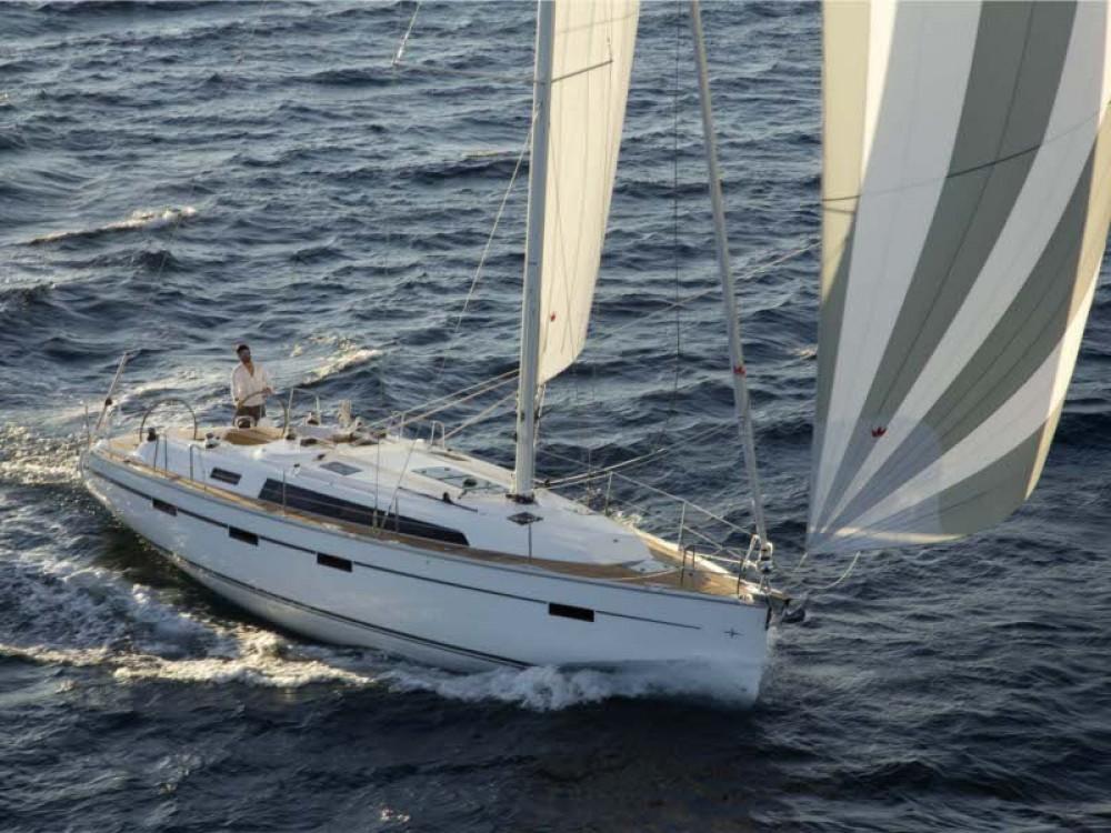 Barca a vela a noleggio Ponta Delgada (São Sebastião) al miglior prezzo