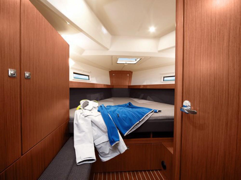 Noleggio barche Bavaria Bavaria Cruiser 41 Ponta Delgada (São Sebastião) su Samboat