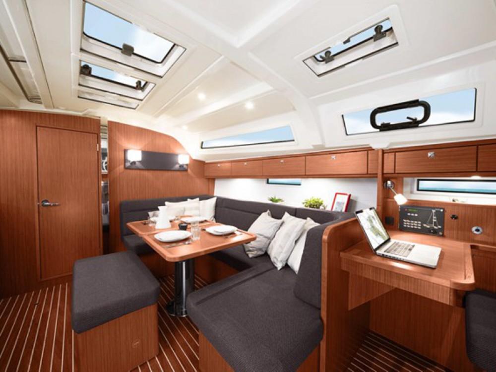 Noleggio barche Ponta Delgada (São Sebastião) economico Bavaria Cruiser 41