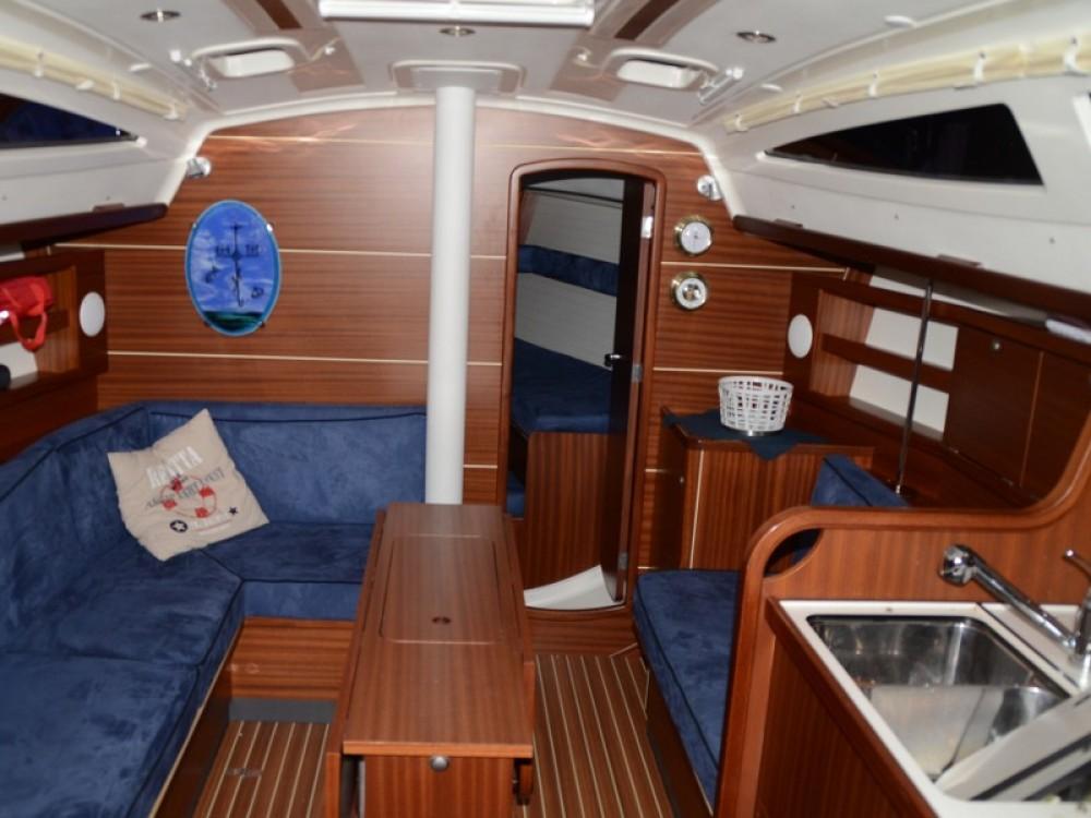Noleggio Barca a vela Delphia con una patente