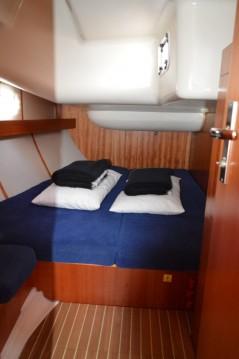 Noleggio Barca a vela Elan con patente nautica
