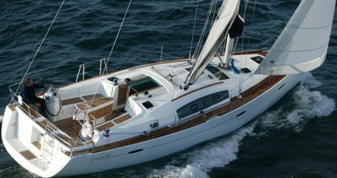 Noleggio barche Bénéteau Oceanis 40 a Punta Ala su Samboat