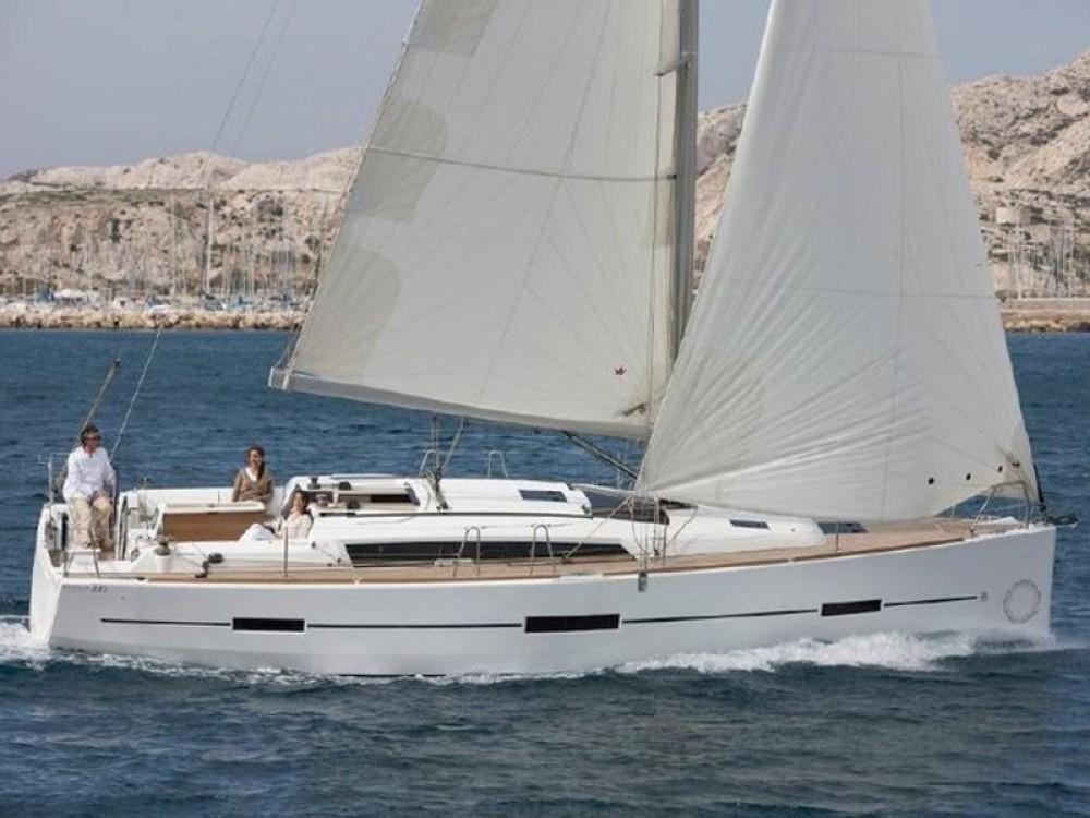 Noleggio yacht Pola - Fountaine Pajot Saona 47 su SamBoat
