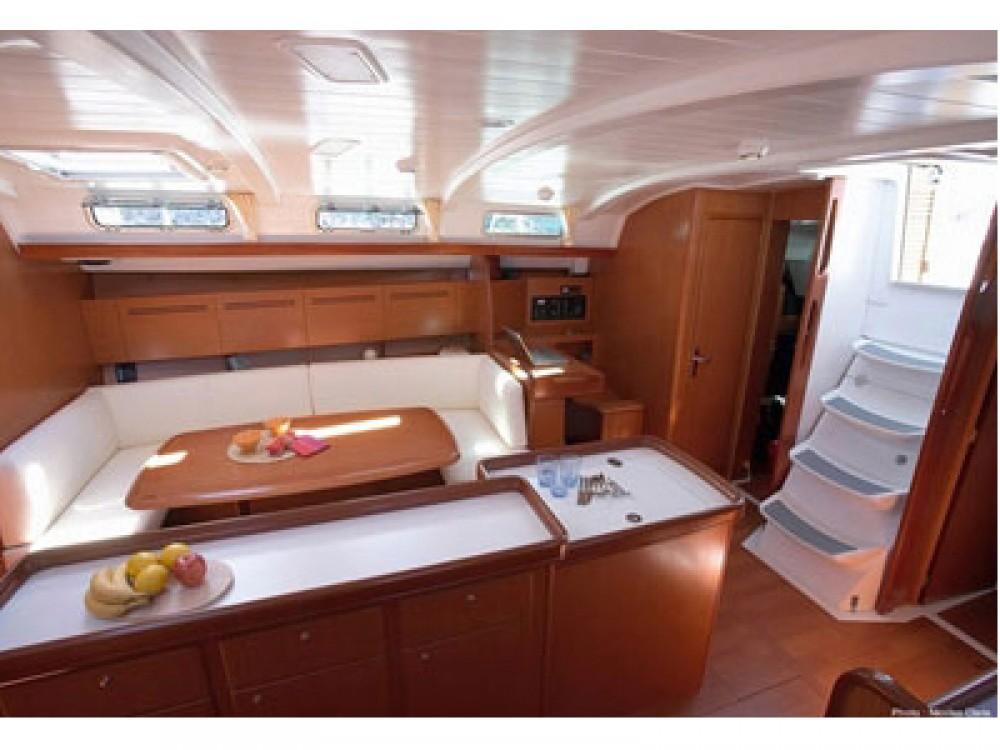 Noleggio barche Bénéteau Cyclades 50.5  su Samboat