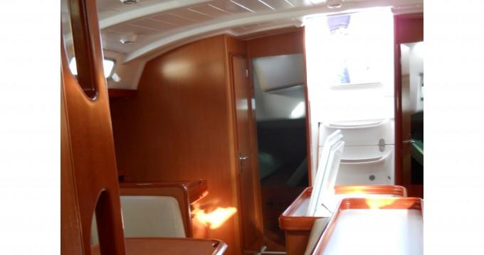 Noleggiare una Bénéteau Cyclades 50.5 a Marina di Portorosa