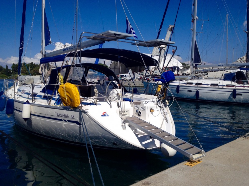 Barca a vela a noleggio Marina Gouvia al miglior prezzo