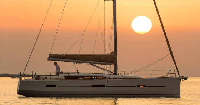 Noleggio barche Dufour Dufour 460 Grand Large a Porto de Portimao su Samboat