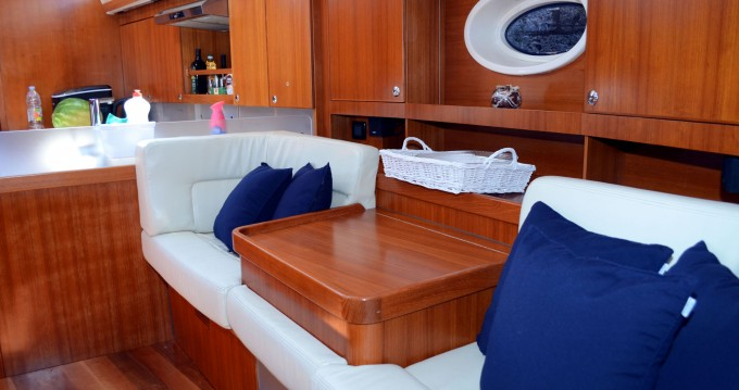 Noleggio yacht a Ploče – Elan Impression 514 su SamBoat