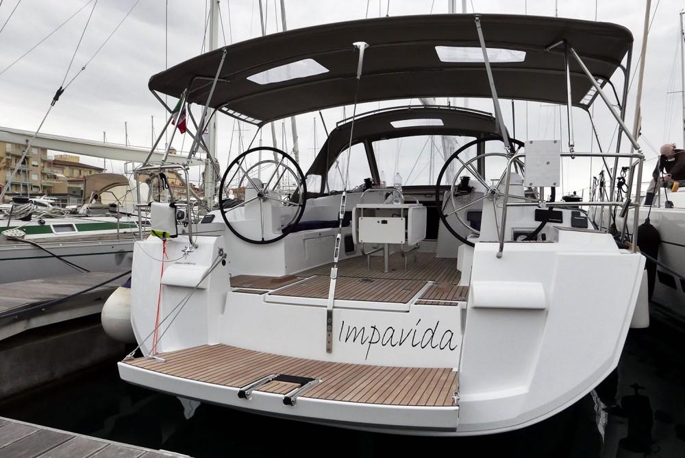 Noleggio Barca a vela con o senza skipper Jeanneau San Vincenzo
