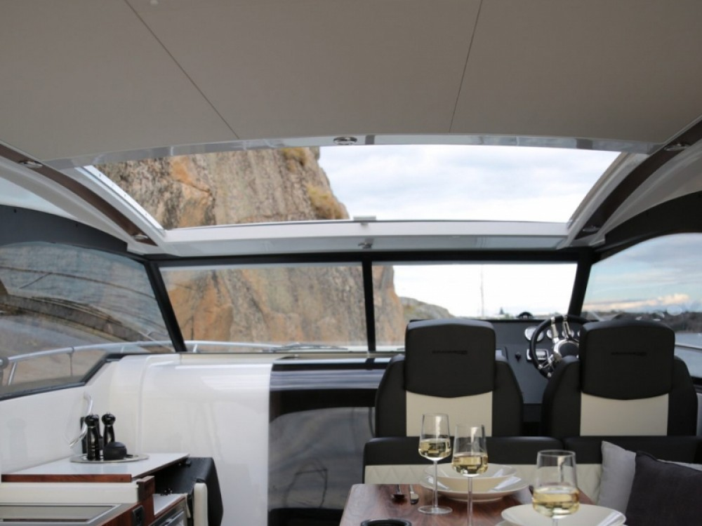 Noleggio yacht Marina Trogir SCT -  Grandezza 34 OC su SamBoat