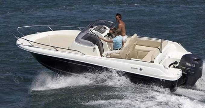 Noleggio Barca a motore a Traù – Jeanneau Jeanneau Cap Camarat 6.5 WA S2