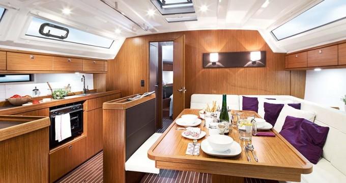 Noleggio yacht a Sukošan – Bavaria Bavaria 46 BT '15 su SamBoat