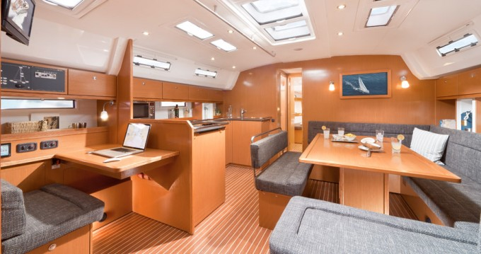 Noleggio barche Bavaria Bavaria 50 BT '12 a Sukošan su Samboat