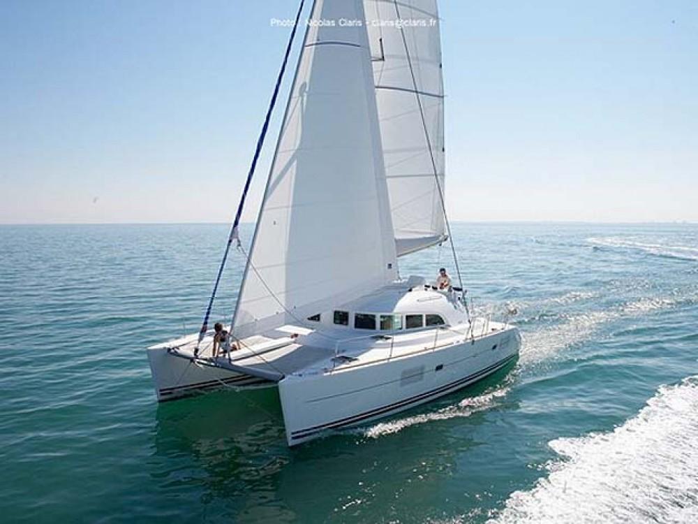 Noleggio Catamarano con o senza skipper Lagoon Álimos