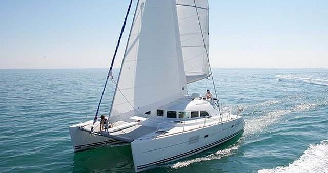 Noleggio Catamarano a Atene – Lagoon Lagoon 380 S2