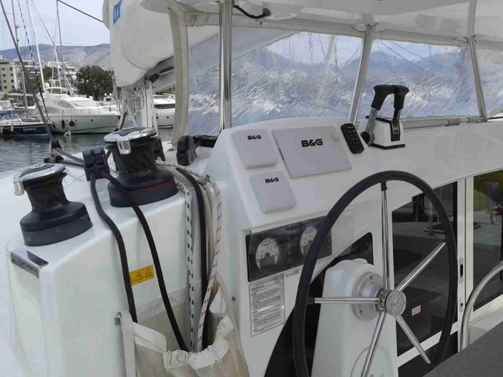 Lagoon Lagoon 380 S2 tra personale e professionale Álimos