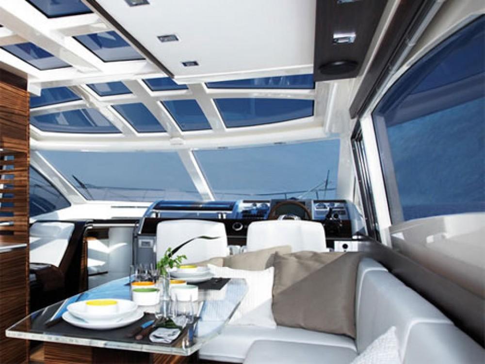 noleggio Barca a motore Barcellona - Absolute Absolute 52 FLY