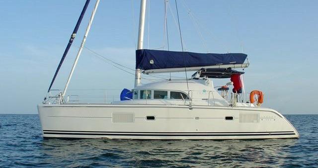 Noleggio Catamarano a Sebenico – Lagoon Lagoon 380 S2