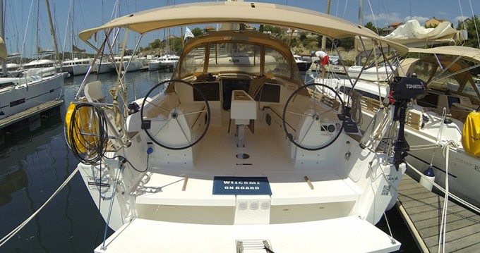 Noleggio Barca a vela con o senza skipper Dufour a Sebenico