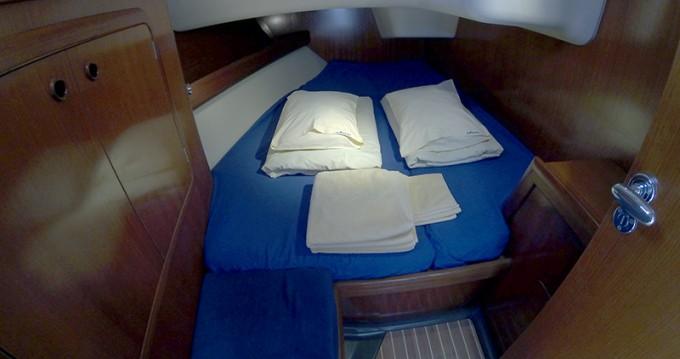 Barca a vela a noleggio a Sebenico al miglior prezzo