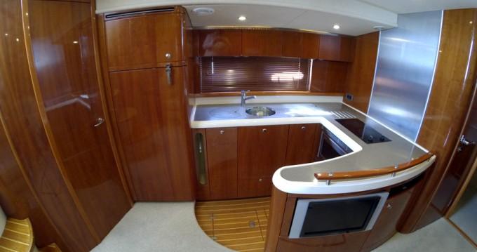 Noleggio Barca a motore Fairline con patente nautica