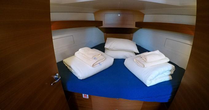 Noleggio Barca a vela a Sebenico – Dufour Dufour 382 GL