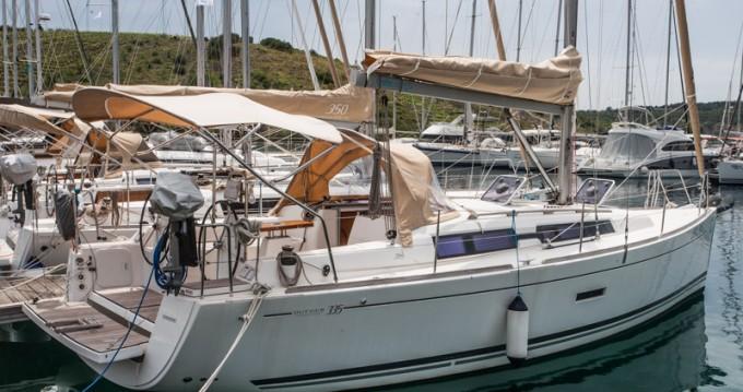 Noleggio yacht a Primošten – Dufour Dufour 335 Grand Large su SamBoat