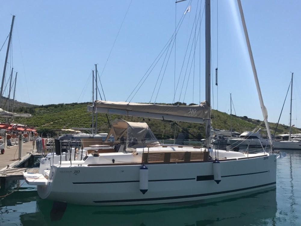 Noleggio yacht Primošten - Dufour Dufour 310 Grand Large su SamBoat