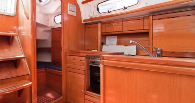 Noleggio Barca a vela a Barcellona – Bavaria Bavaria 37 Cruiser