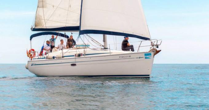 Noleggio barche Barcellona economico Bavaria 37 Cruiser