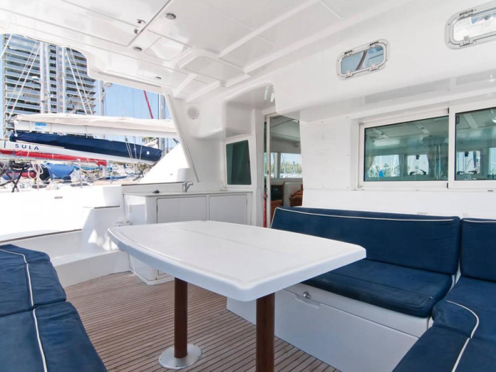 Noleggio Catamarano con o senza skipper Lagoon Port Olímpic